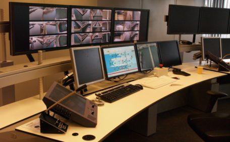 Rijkswaterstaat - Remote Lock control